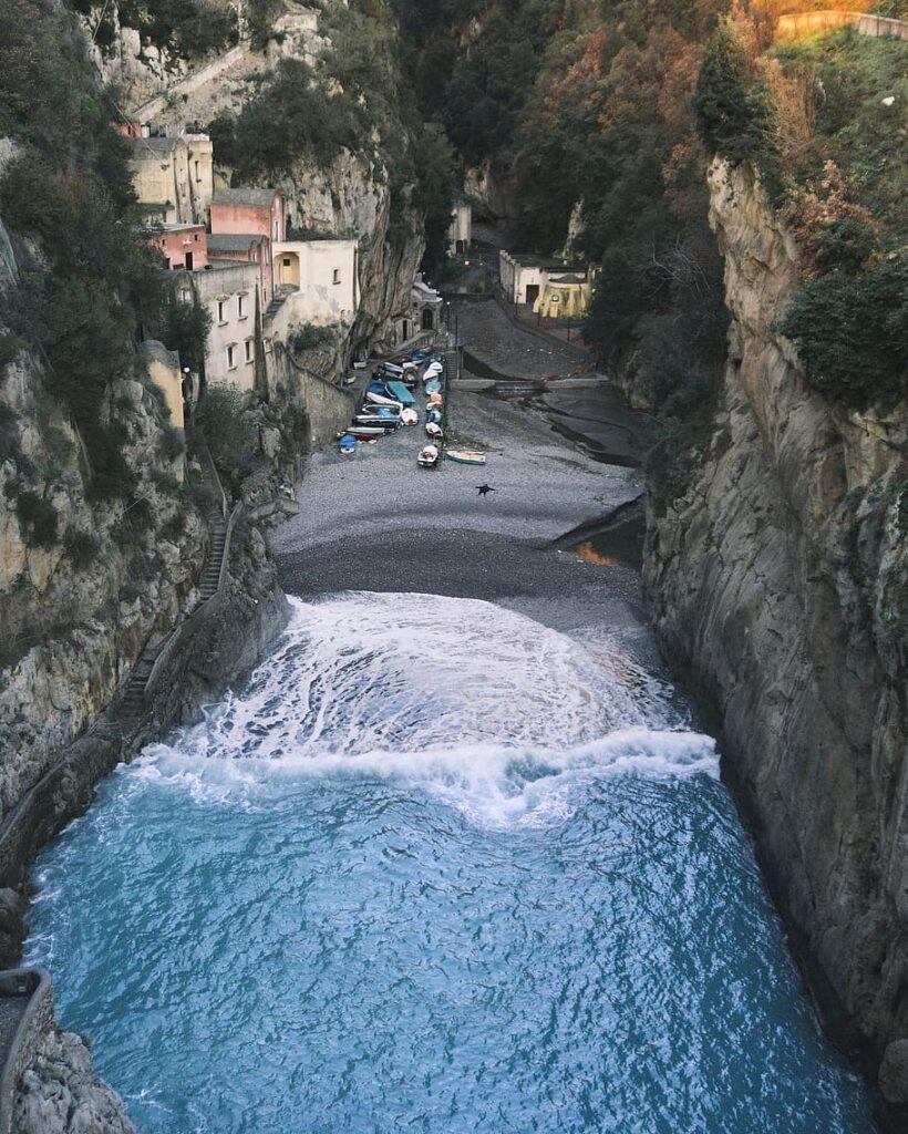 Fiordo-di-Furore-_-Salerno-img-piqsels-820x1024
