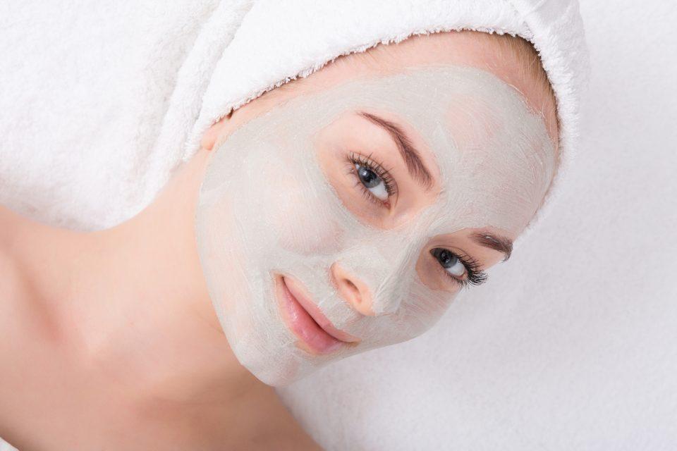 face-mask-spa-beauty-treatment-skincare-V9K7852-1-960x640