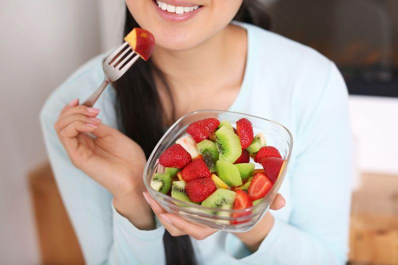 mangiare-frutta